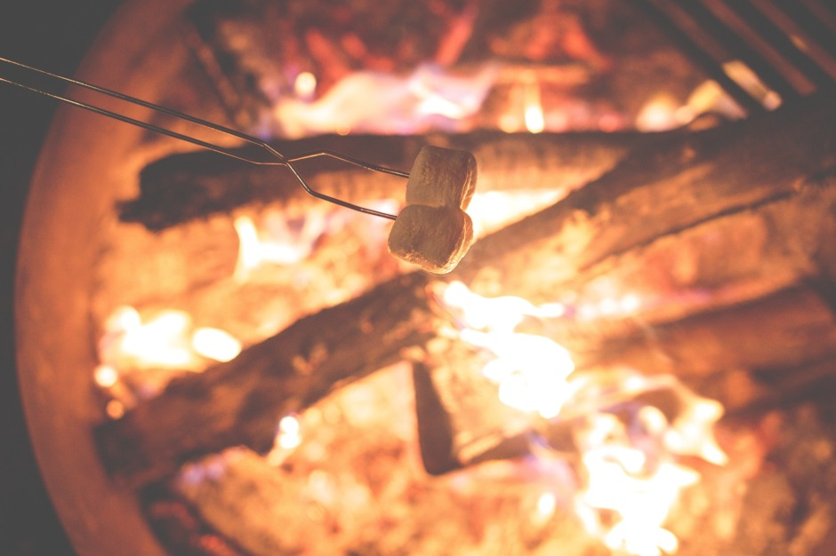 campfire-1031141_1920